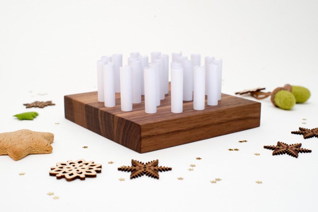 Voucher Advent Calendar Nut Wood, square