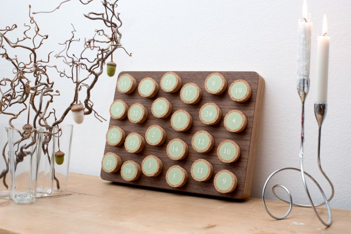 Advent Calendar Cork Nut Wood, square