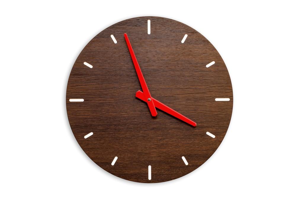 Wall Clock Fumed Oak, round