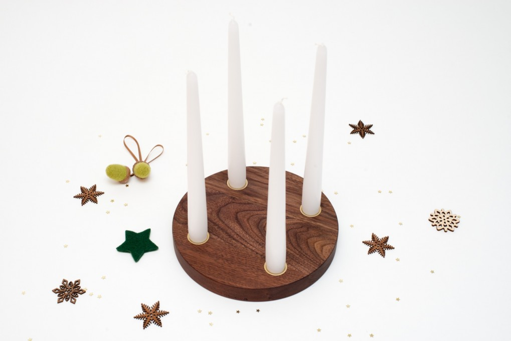 Small Advent Wreath Nut Wood, round