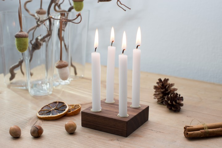 Small Advent Wreath Nut Wood, square