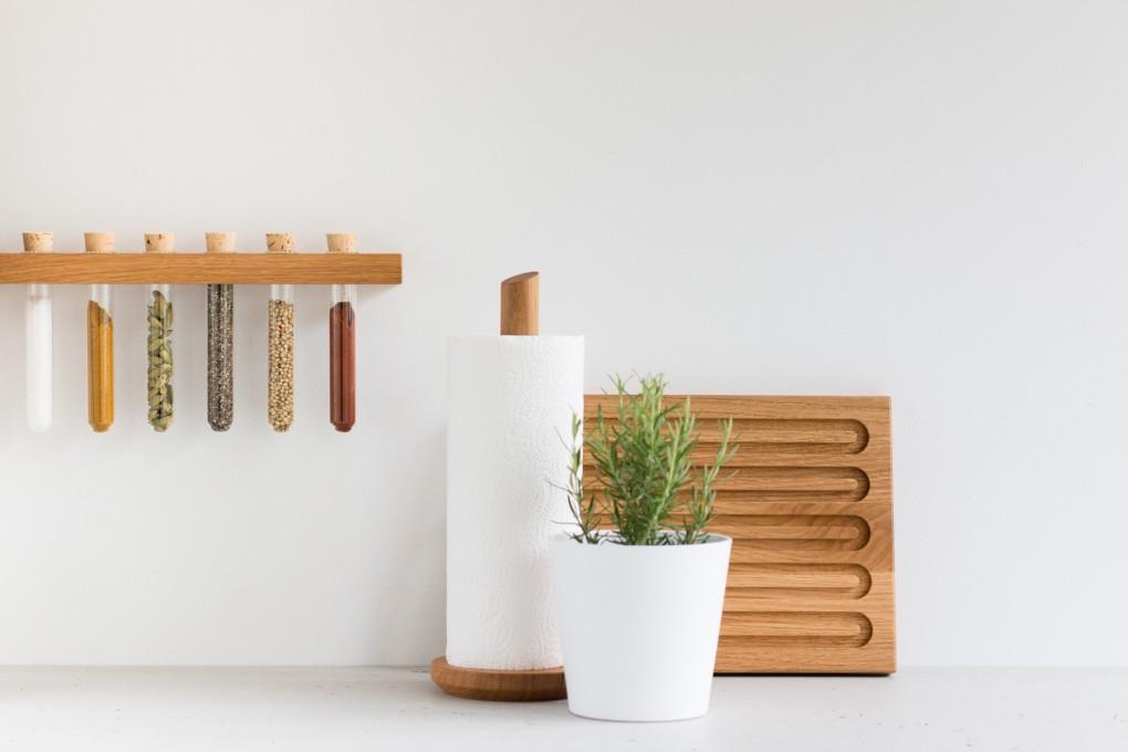 keuken met kruiden potjes