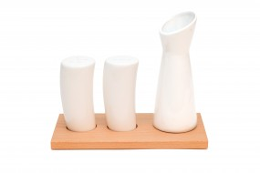 Salt and Pepper Shakers Beech