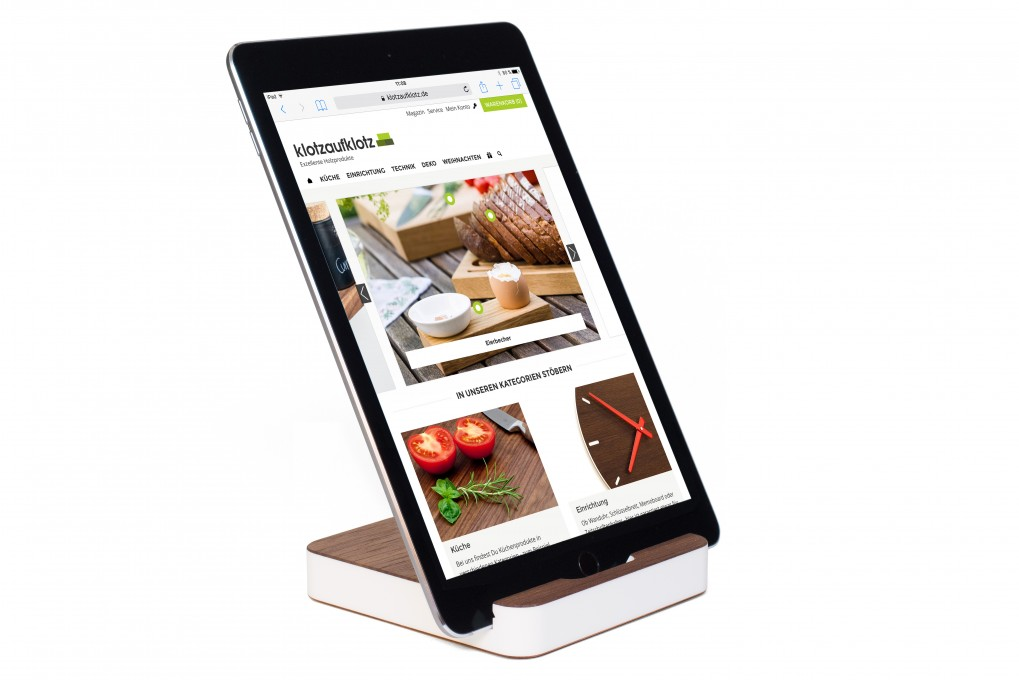 Tablet Stand Nut Wood