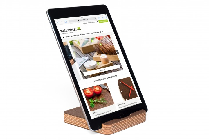 Tablet Stand Multiplex, Nut Wood