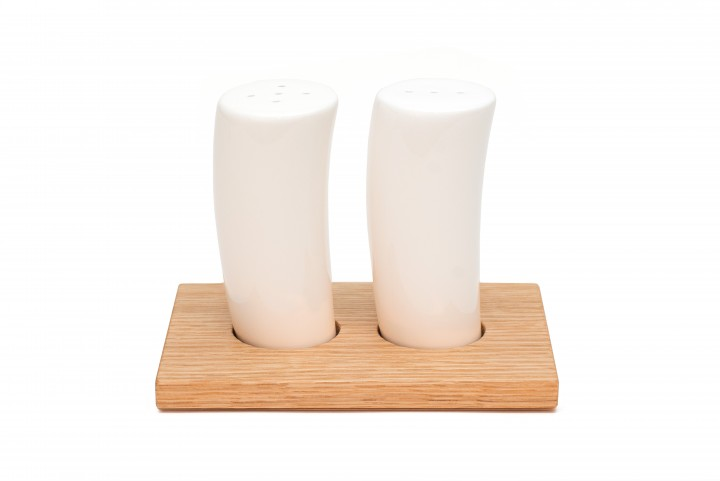 Salt and Pepper Shakers Oak, small
